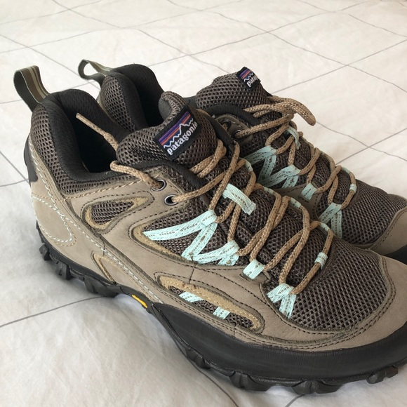 6d45960961c Brand new size 10 women's Patagonia hiking boots